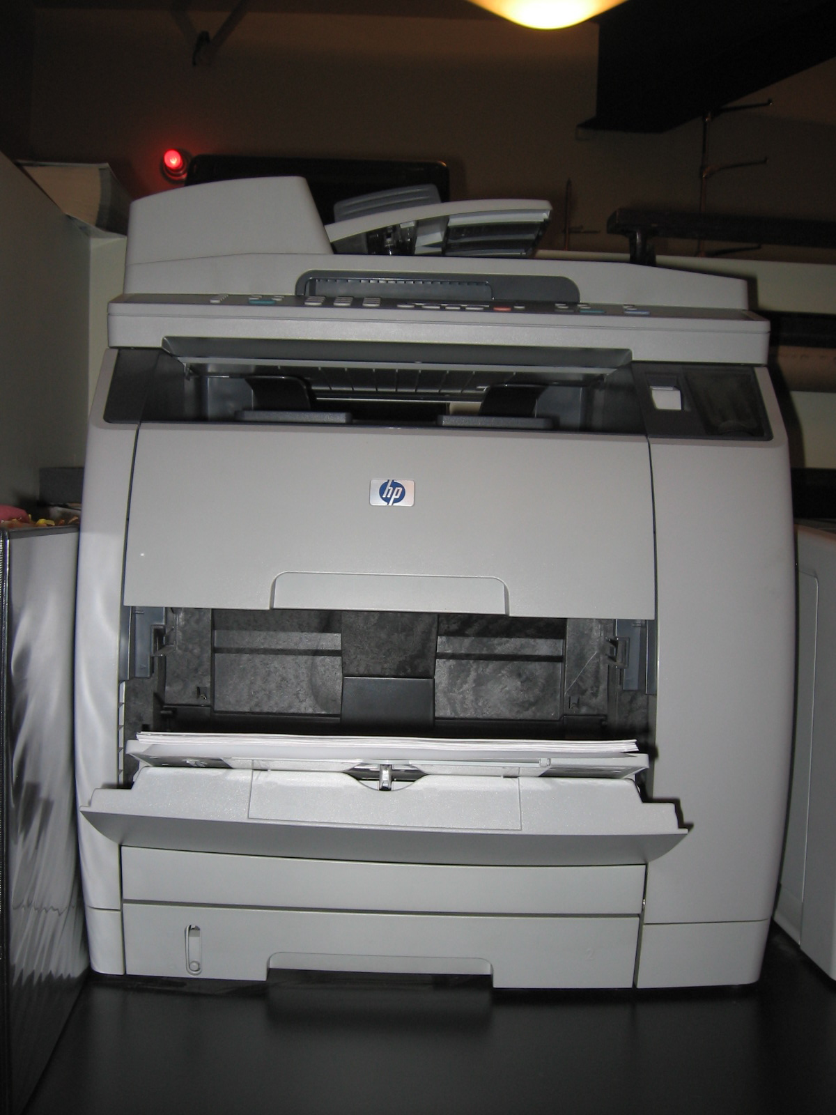color laserjet 2840 glowing - Hp Color Laserjet 2840