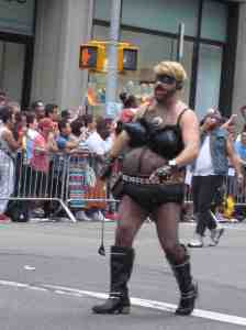 Madonna, watch out! Bearadonna's coming!